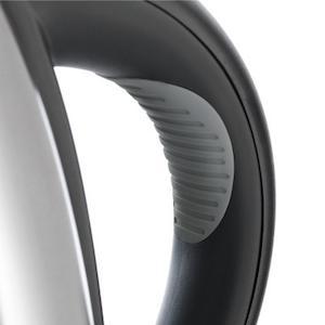 Ấm siêu tốc WMF Stelio 1.7L 2400W với tây cầm cao su chống trơn trượt